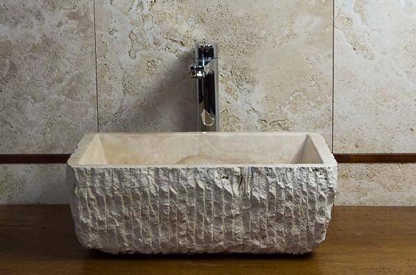 Lavabo in pietra e mobile bagno lavandino in marmo for Mobile bagno rustico moderno