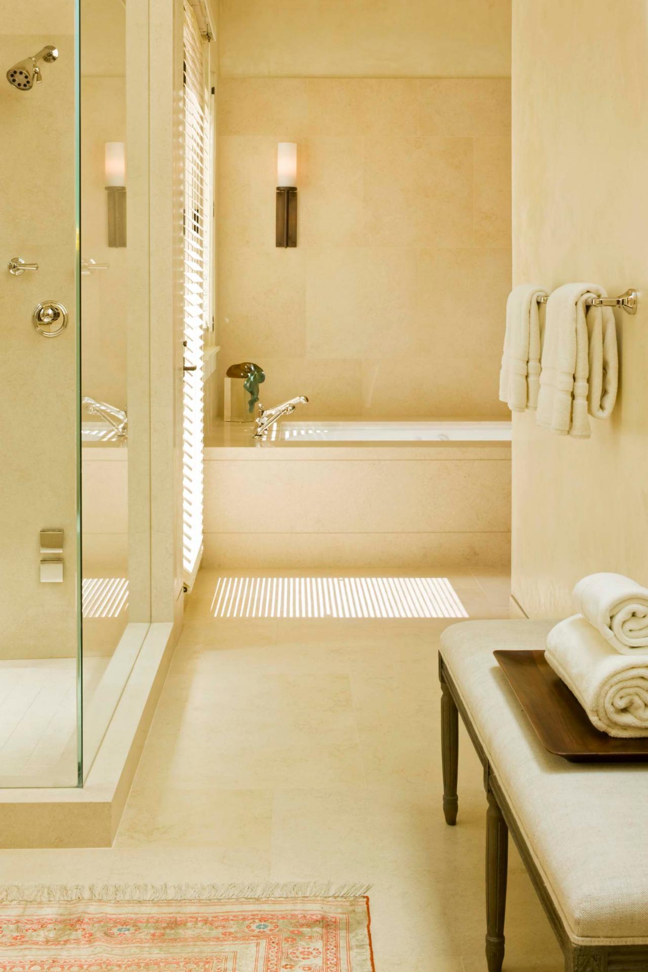 modern bathroom shower bathtub travertine travertino bagno relax