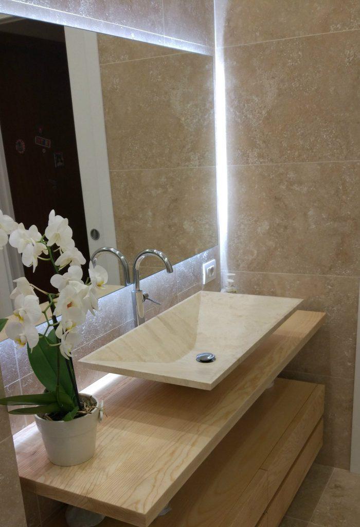 lavabo da appoggio minimale bagno beige pietra naturale travertino