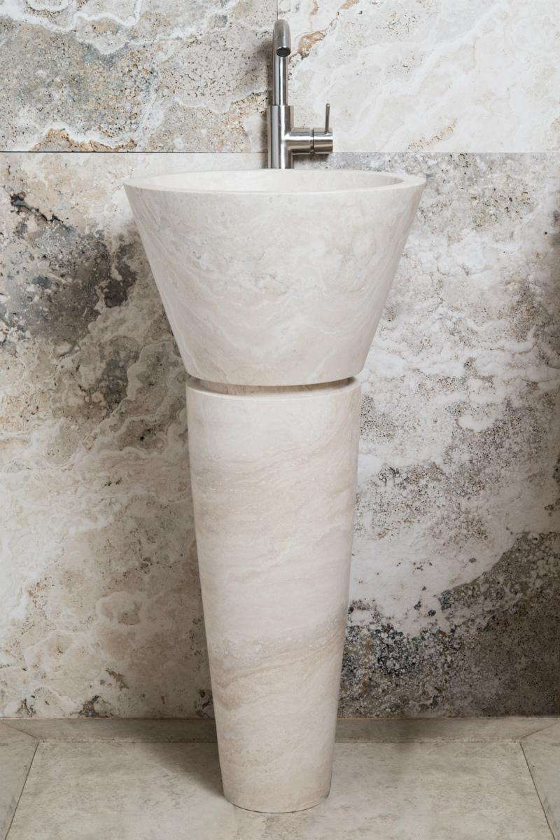 lavabi a colonna in pietra naturale bagno design